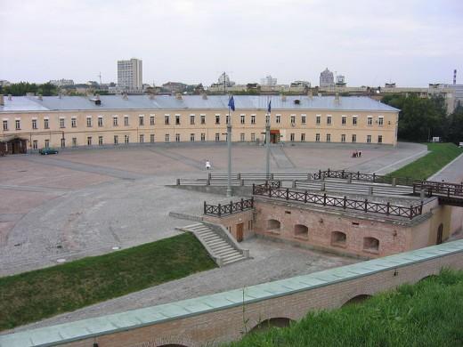 800px-2005-08-17 Kiev Fortress 396